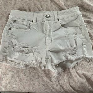 american eagle white jean shorts